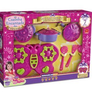 Brinquedo Cozinha Encantada Das Princesas 7 Peças Brinquemix Cep100