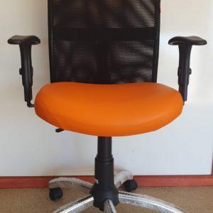 Cadeira Executiva Star Tela Laranja Base Cromada com Braço Regulavel Sistema Backita Vianflex